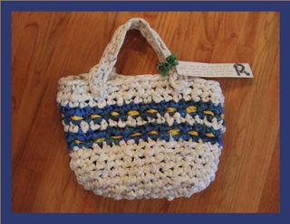 Upcyled plastic crochete bag 2