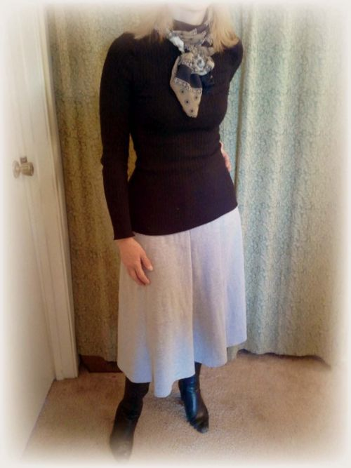 Upcycled t-shirt skirt pic 1