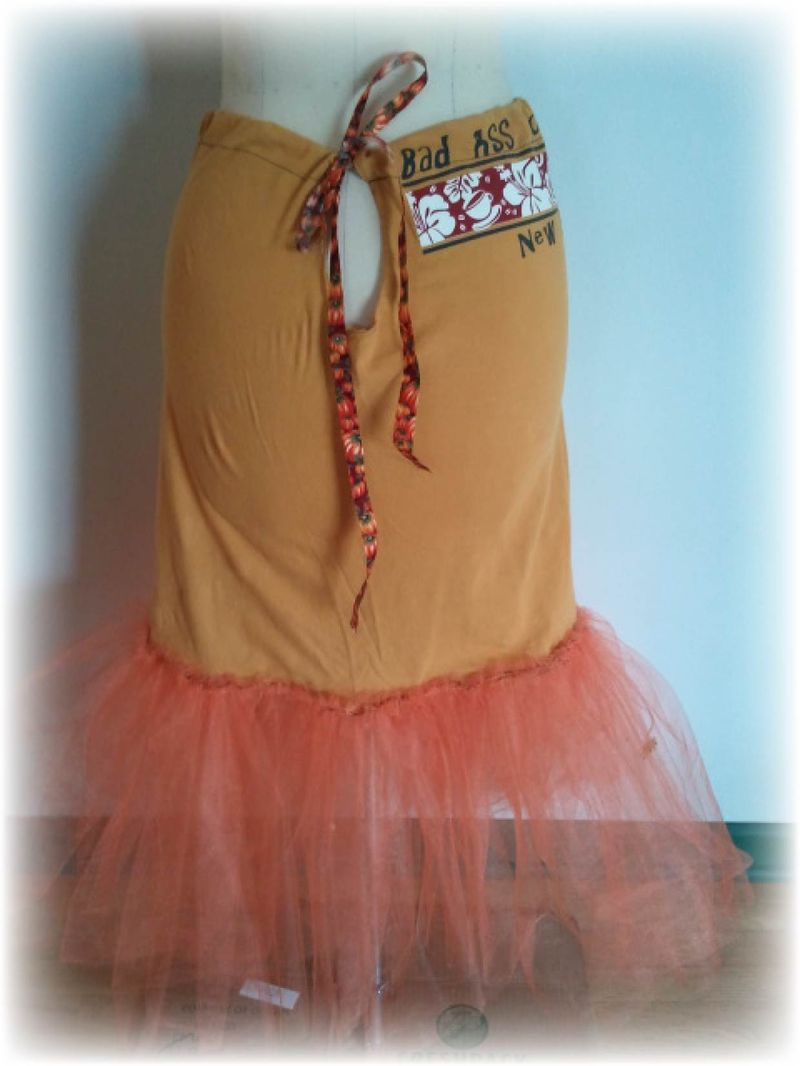 Upcycled T-shirt Petticoat and Plastic Bag Bustle Step 9