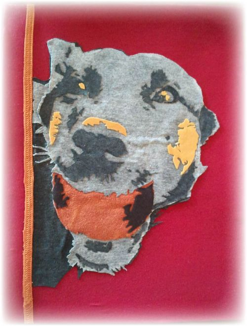 Upcycled T-shirt art dog - 2