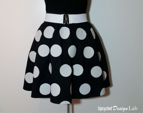 No Sew Minnie Mouse Skirt Makeover Pic 3