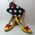 Minnie Mouse Shoe Makeover 7
